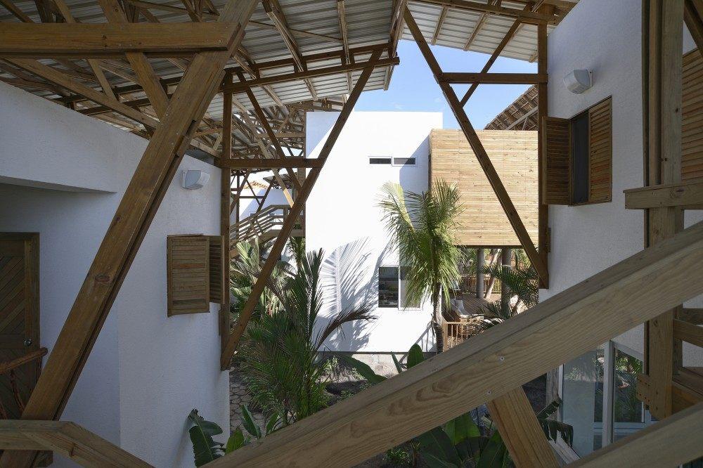 危地马拉Beach House( Christian Ochaita)_53ee8304c07a80388e000330_guatemala-beach-house-christian-ochaita-roberto-g-lvez_.jpg