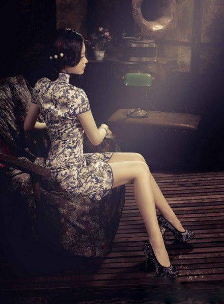 【地平线下的陈设】旗袍知多少_a7efc9adfa21cf481ffde2ffe70b45de.jpg