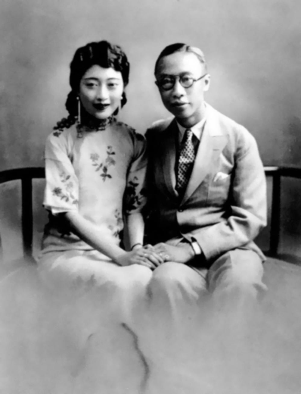 【地平线下的陈设】旗袍知多少_溥仪和婉容.jpg