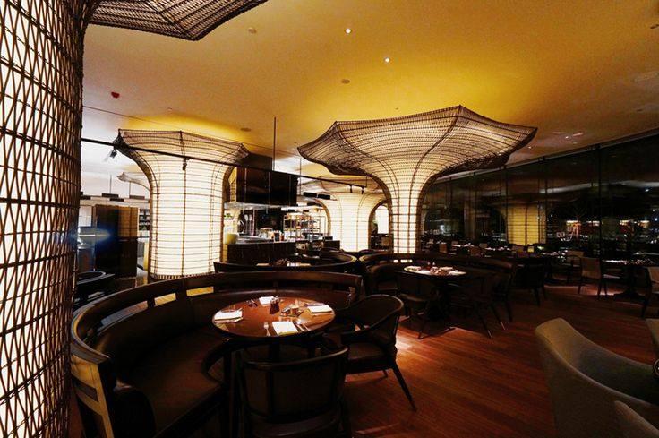 国内外大师云集---一大波美丽到哭的餐厅设计_3f653355a8fcde38710a1903745d4ab3.jpg