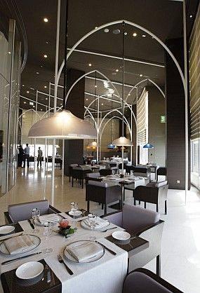 国内外大师云集---一大波美丽到哭的餐厅设计_6c63dfeac2dd69fe2b960996ddef6233.jpg