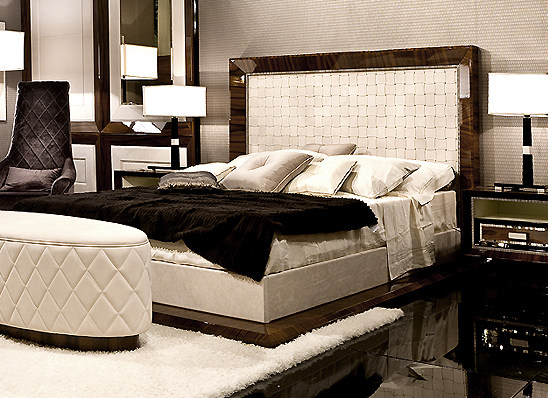 leather_bed_m.jpg