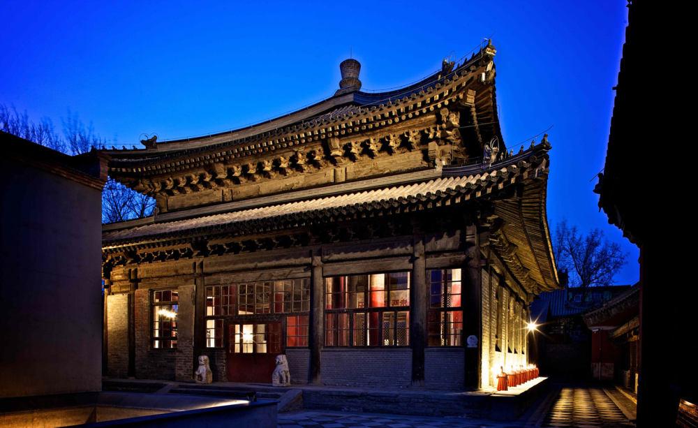 12_Temple-Hotel.jpg