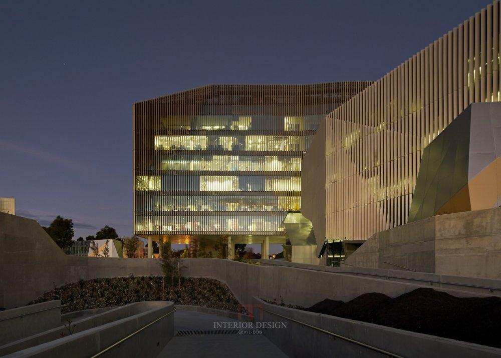 伍兹贝格建筑设计公司_3_30_1410_N68_screenhd_2.jpg