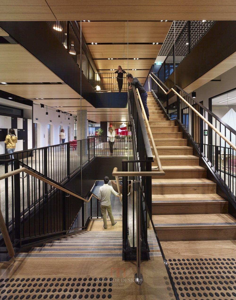 伍兹贝格建筑设计公司_120130_N2_screenhd.jpg