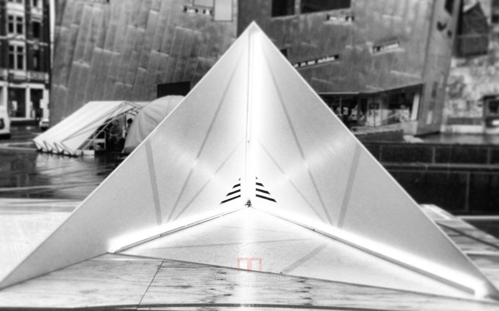 伍兹贝格建筑设计公司_black-and-white-folded-home.jpg