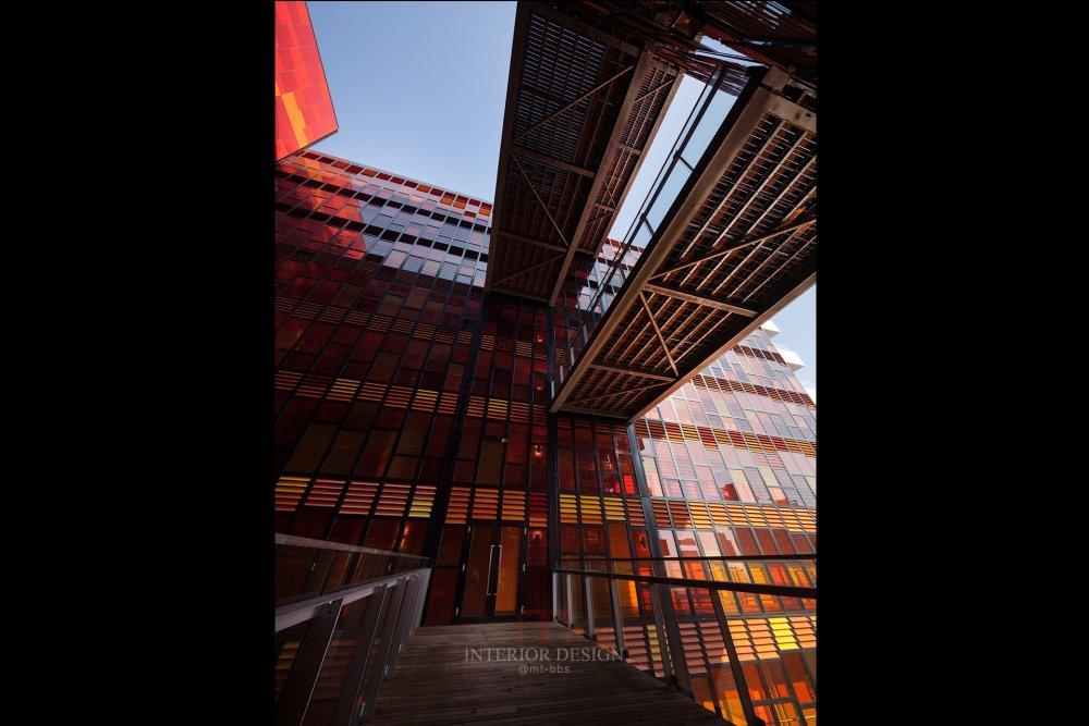 伍兹贝格建筑设计公司_3_30_1452_N4_printstd.jpg