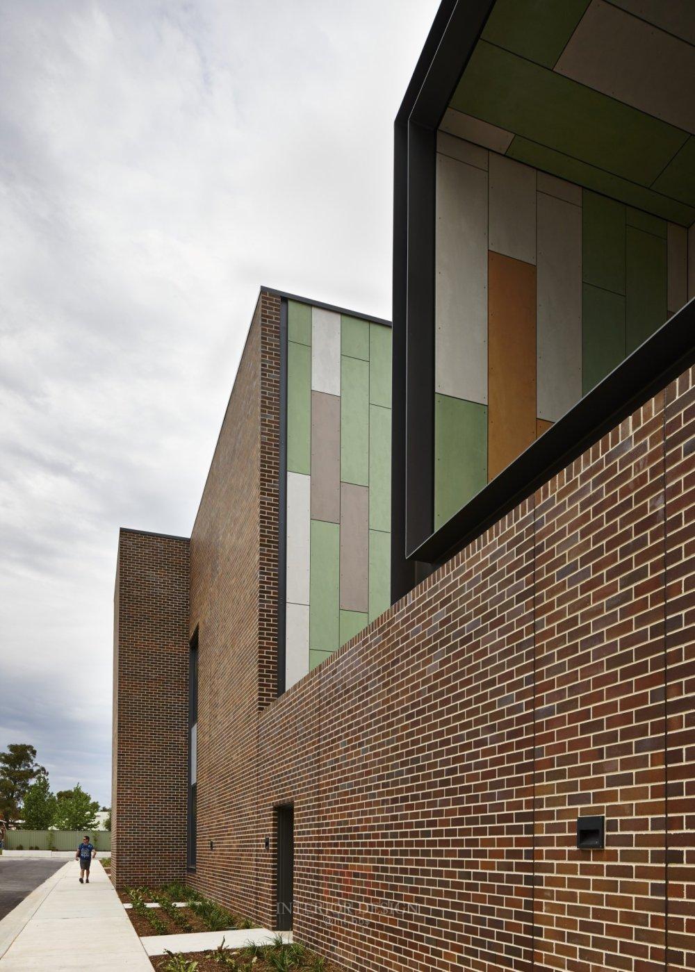 伍兹贝格建筑设计公司_120059_N17_screenhd.jpg