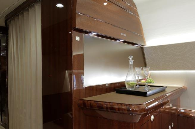 Tech_VIP_Cabinetry_Section_04.jpg