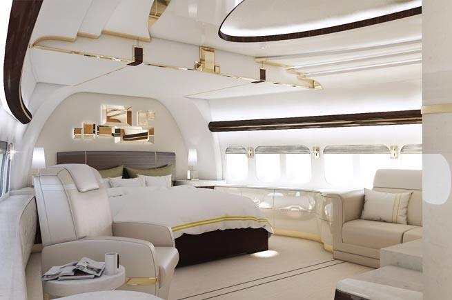 VIP_Port_747-8_03_lg.jpg