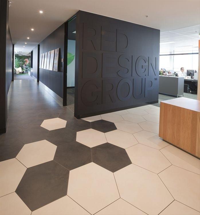 创意电梯厅、过道、轿厢概念收集整理_f6bd0e79bfafd69e236f9e449865d600.jpg