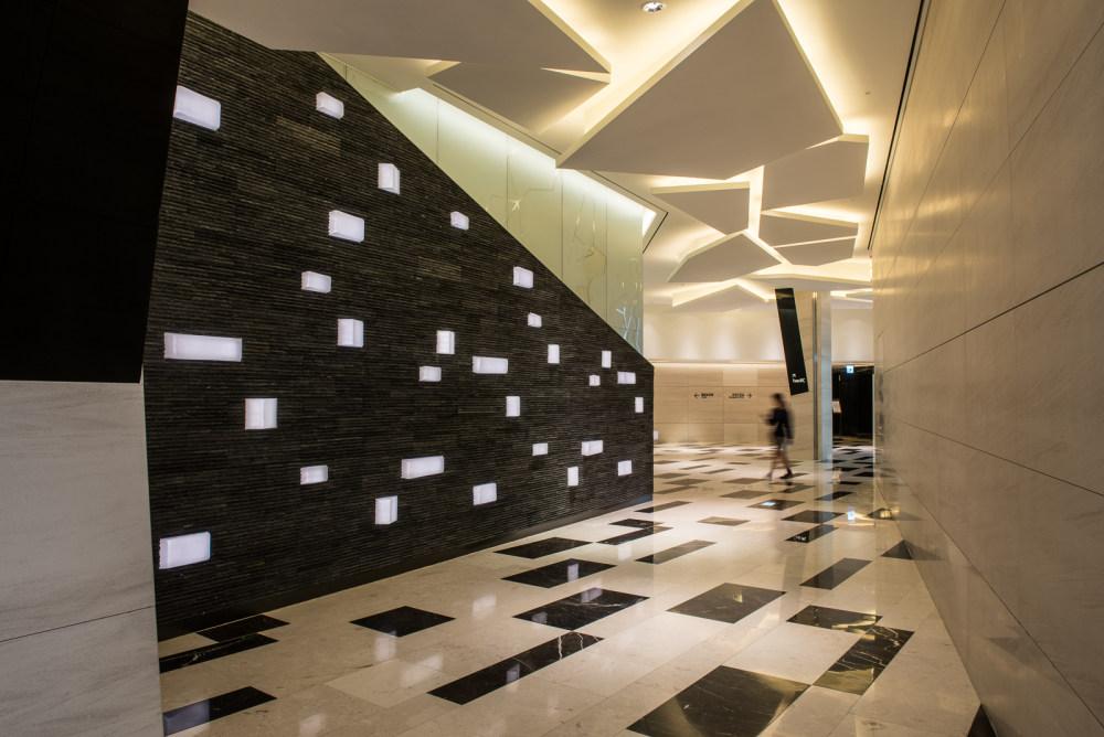 创意电梯厅、过道、轿厢概念收集整理_IFC Mall Seoul 03 (1).jpg