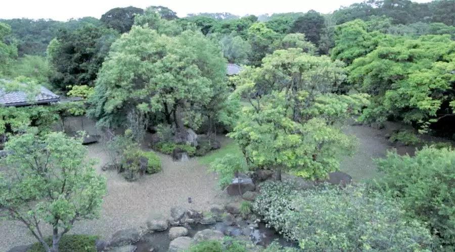 全台湾最有江南范儿的园子_春余园子的建设工序跟很多地方不一样,先是把地面的石头、树木整理好了,才开始盖房子。 ...