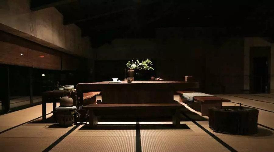 全台湾最有江南范儿的园子_唐白余设计茶室花了很多心思,他认为空间是会生长的,只要你好好照顾,它会和茶一样,变得很温润。 ...