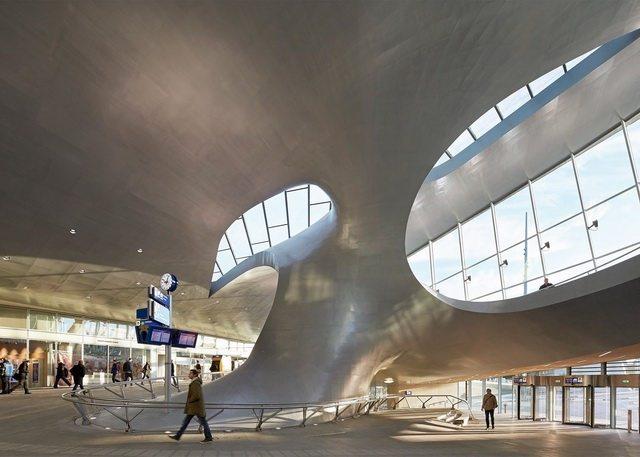 荷兰阿纳姆中心交通枢纽_Hufton- -Crow-4.jpg
