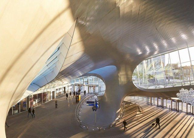 荷兰阿纳姆中心交通枢纽_Hufton- -Crow-8.jpg