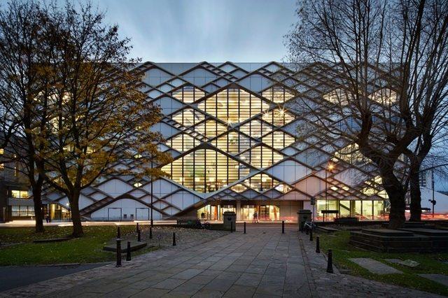 谢菲尔德大学钻石大楼_The-Diamond-in-Sheffield-2.jpg