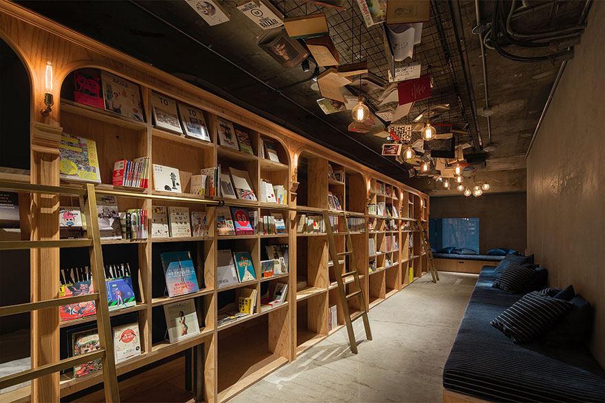 东京书架旅馆_Book-and-Bed-Tokyo-2.jpg