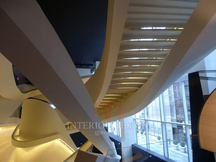 第五大道Amarni专卖店-龙卷风楼梯_40152-dac391461be1e9130225e29f0523f038.jpg