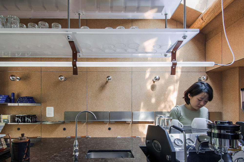 004-coffee-bar-and-BB-by-Office-AIO-.jpg