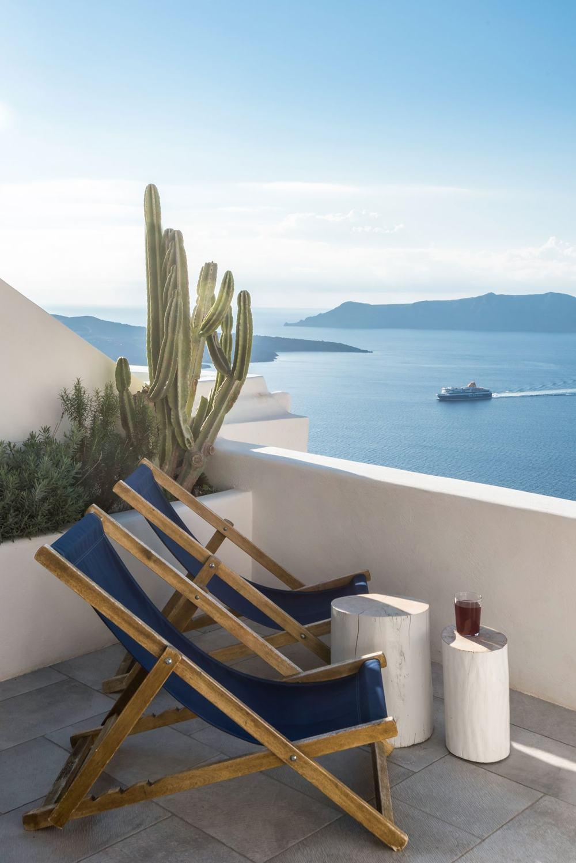 s8_porto_fira_suites_santorini_greece_interior_design_laboratorium_photo_giorgos.jpg