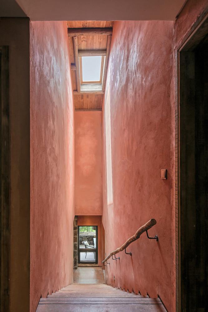 苏圣亮-室内楼梯.jpg
