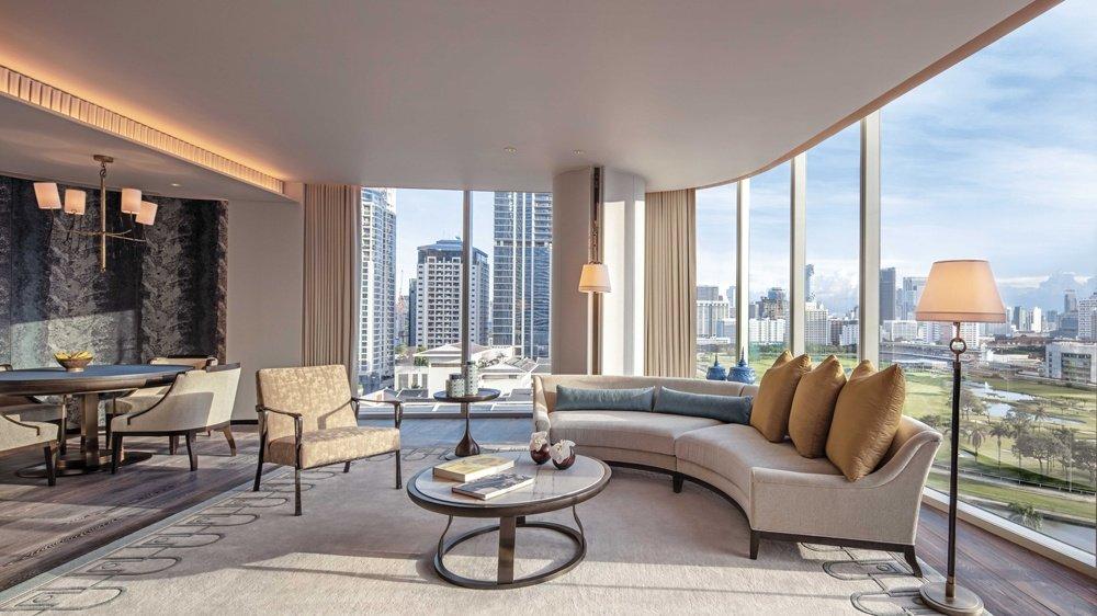 mid_wabkk_astoria-suite-living-room.jpg