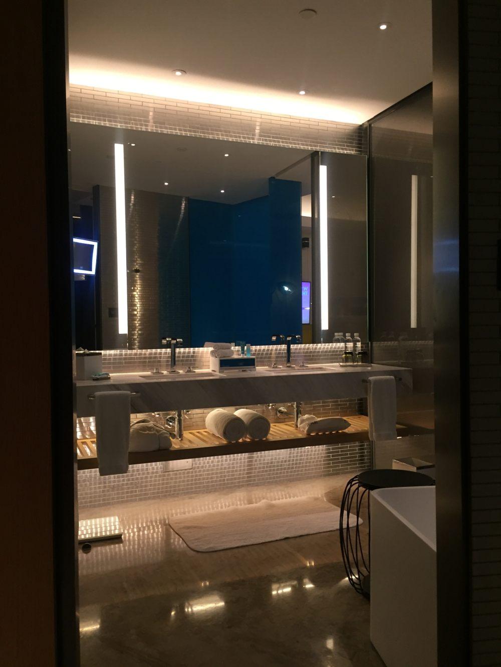 上海外滩W酒店,史上最全入住体验 自拍分享,申请置...._IMG_5856.JPG