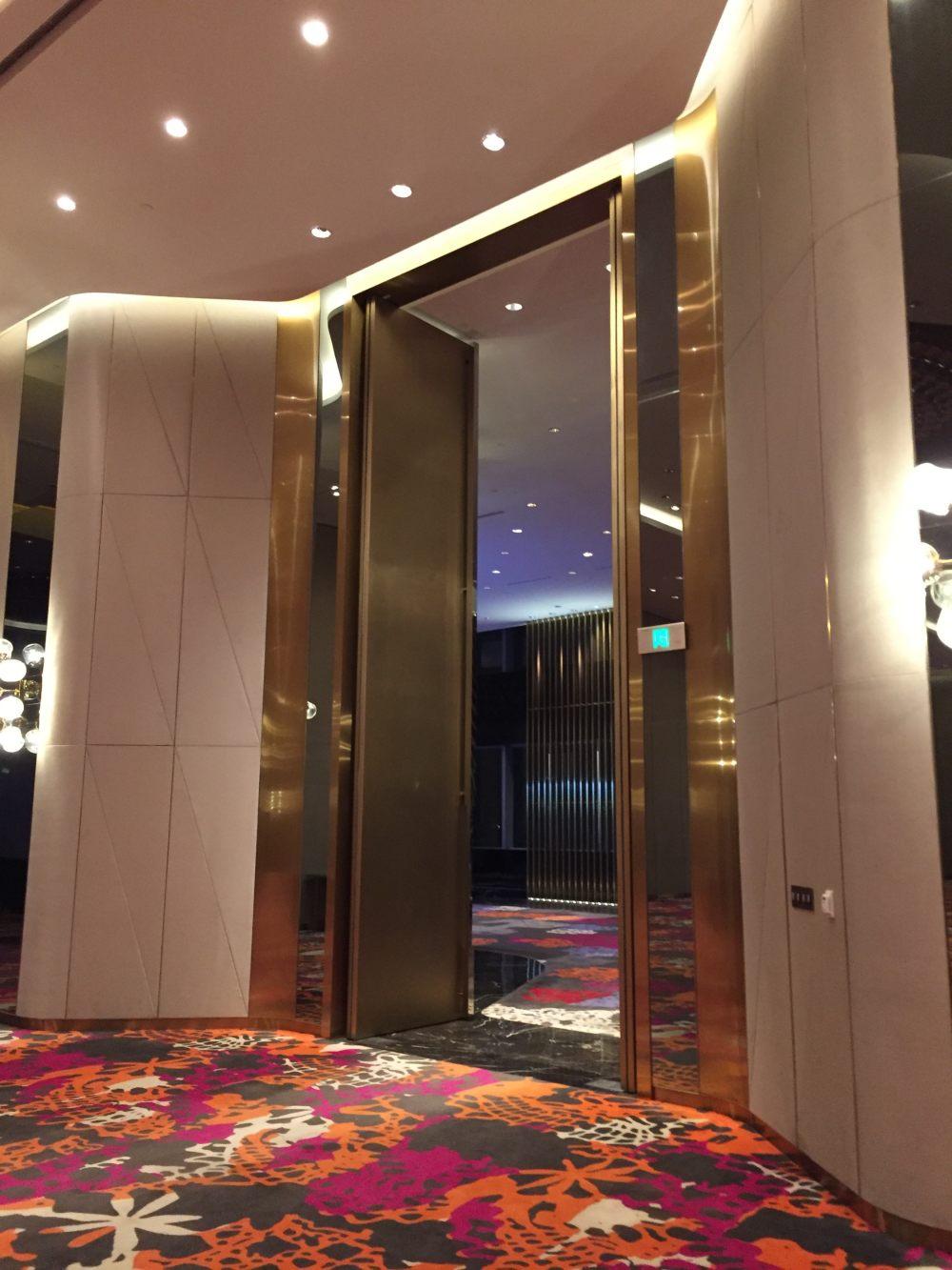 上海外滩W酒店,史上最全入住体验 自拍分享,申请置...._IMG_6120.JPG