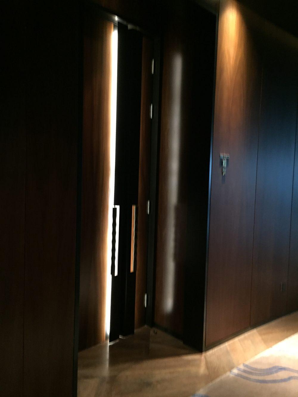 上海外滩W酒店,史上最全入住体验 自拍分享,申请置...._IMG_6253.JPG