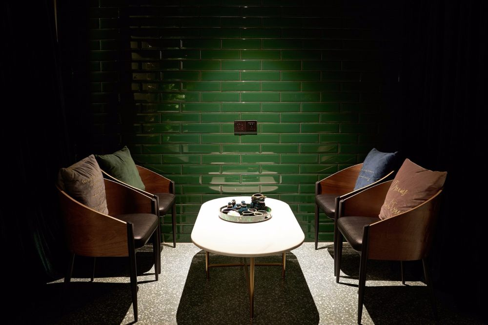 190㎡   AROMA DREAM 泰式按摩水疗店   实景图+平面图   38P_【灯灯灯凳创意工作室】190㎡AROMADREAM泰式按摩水疗店8.jpg