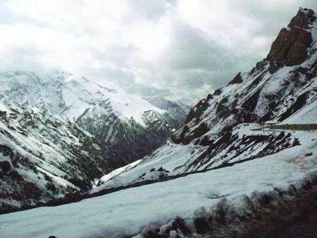 """这些让人欲罢不能的自驾天路,是新疆最超值的""""景点""""-12.jpg"""