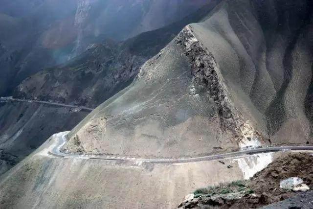 """这些让人欲罢不能的自驾天路,是新疆最超值的""""景点""""-45.jpg"""