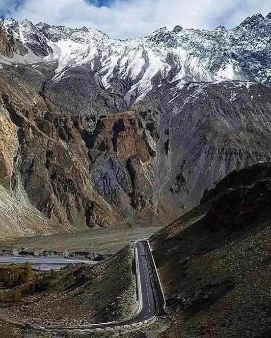 """这些让人欲罢不能的自驾天路,是新疆最超值的""""景点""""-68.jpg"""