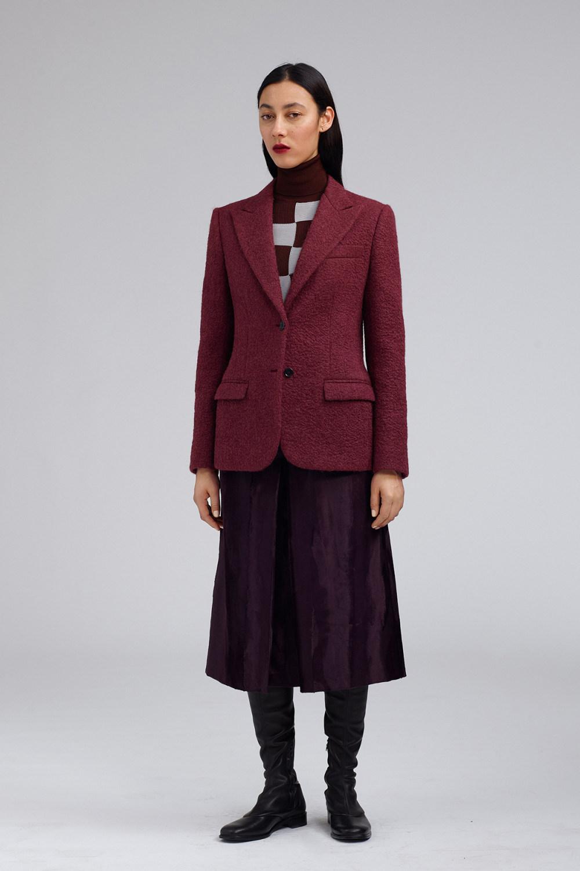 Fay时装系列感受潮流雨衣和短外套适合女性穿着别致的小腿裙-4.jpg