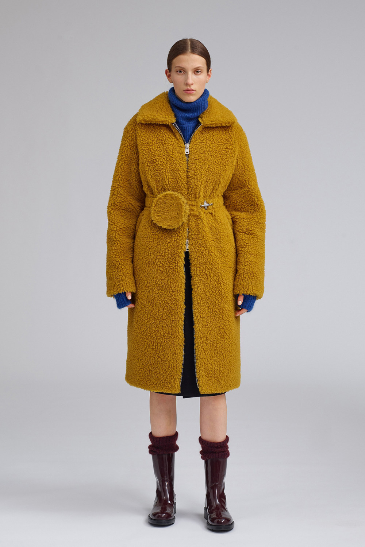 Fay时装系列感受潮流雨衣和短外套适合女性穿着别致的小腿裙-5.jpg