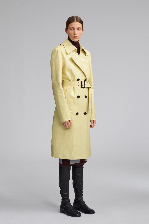Fay时装系列感受潮流雨衣和短外套适合女性穿着别致的小腿裙-7.jpg