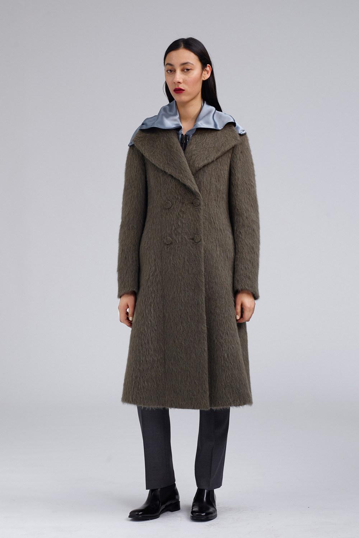 Fay时装系列感受潮流雨衣和短外套适合女性穿着别致的小腿裙-13.jpg