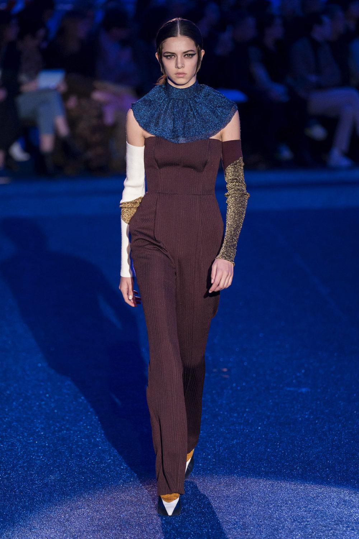 Missoni时装系列图形拼色也有助于丰富最小的无袖或单肩束腰外衣-7.jpg