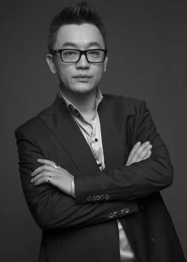 住·梦丨陈武——泛娱乐时代的商業先驱-1.jpg