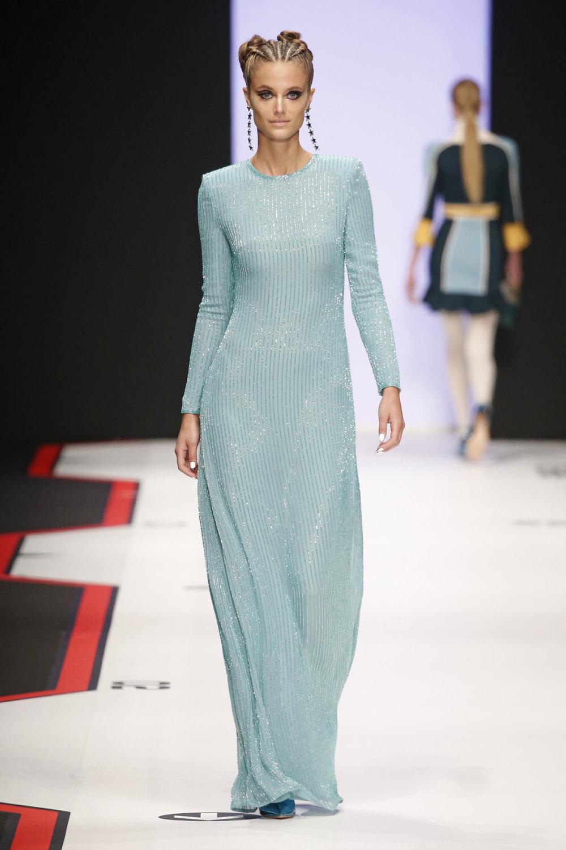 Elisabetta Franchi时装系列简约時尚的蓝色外套衬有印花迷你裙-32.jpg
