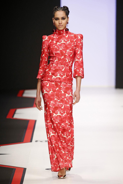 Elisabetta Franchi时装系列简约時尚的蓝色外套衬有印花迷你裙-49.jpg