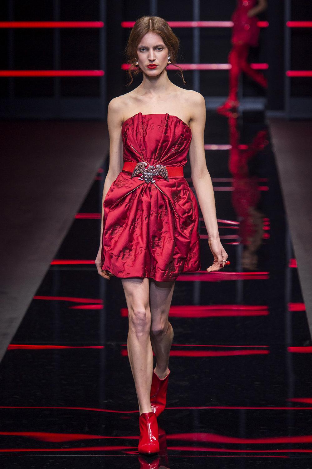 Emporio Armani时装系列畅的裤子带有柔滑裙子的鸡尾酒礼服-59.jpg