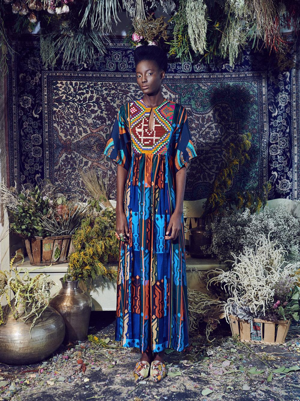 Rianna+Nina时装系列定制的夹克和金属光泽的七分裤定义未来主义-5.jpg