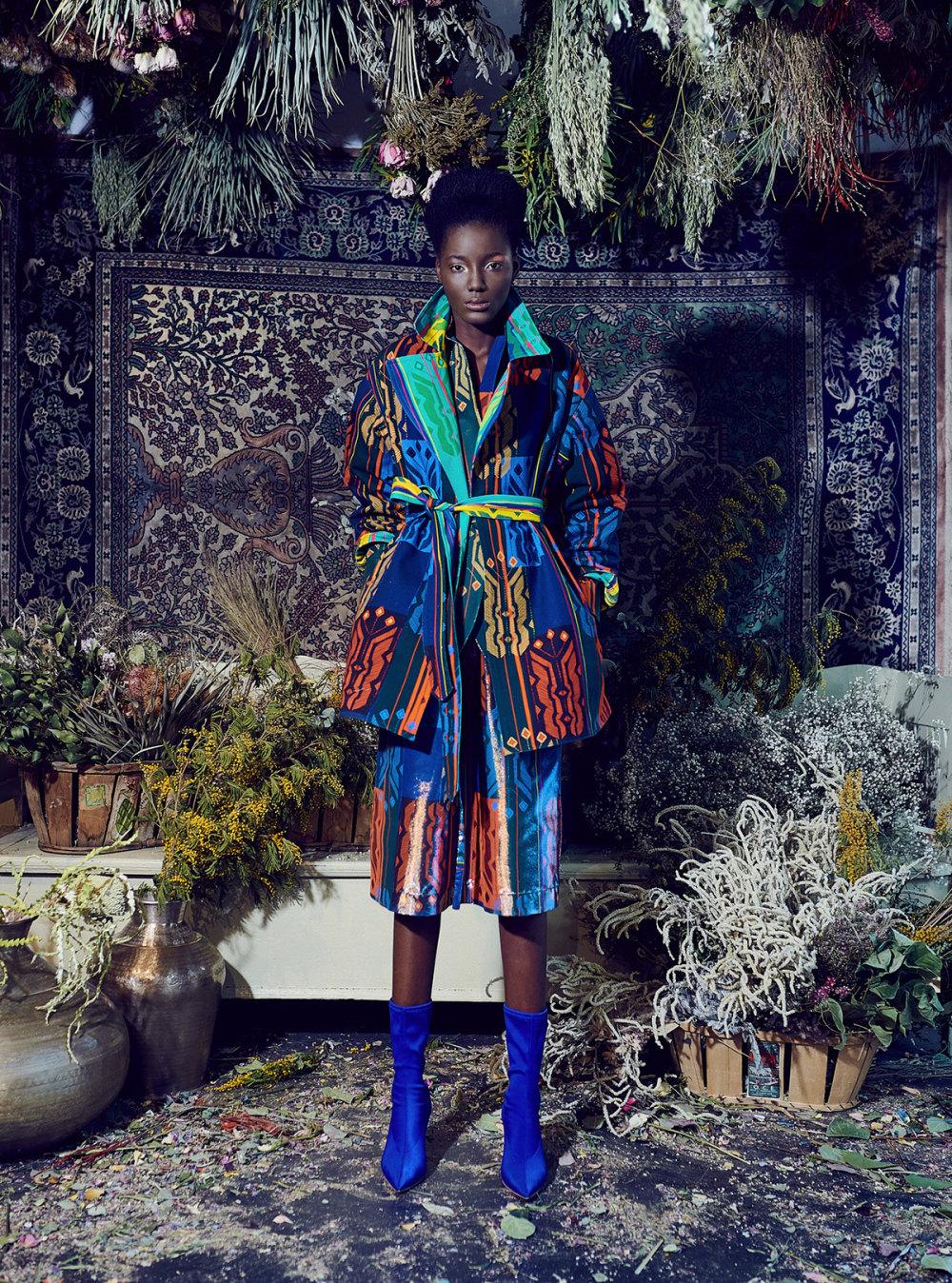 Rianna+Nina时装系列定制的夹克和金属光泽的七分裤定义未来主义-8.jpg