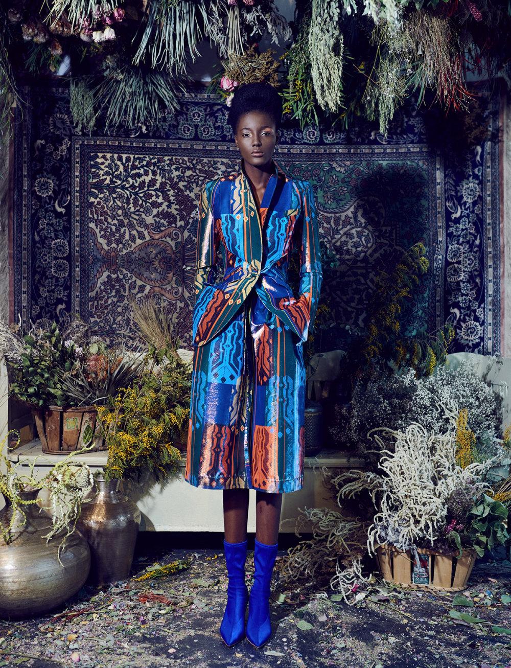 Rianna+Nina时装系列定制的夹克和金属光泽的七分裤定义未来主义-9.jpg
