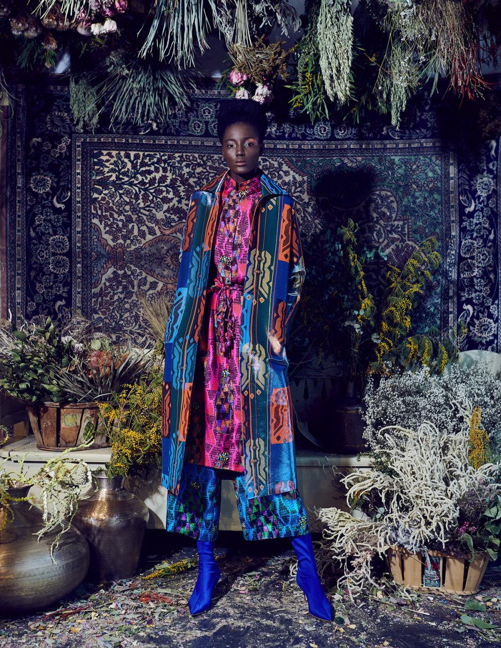 Rianna+Nina时装系列定制的夹克和金属光泽的七分裤定义未来主义-10.jpg