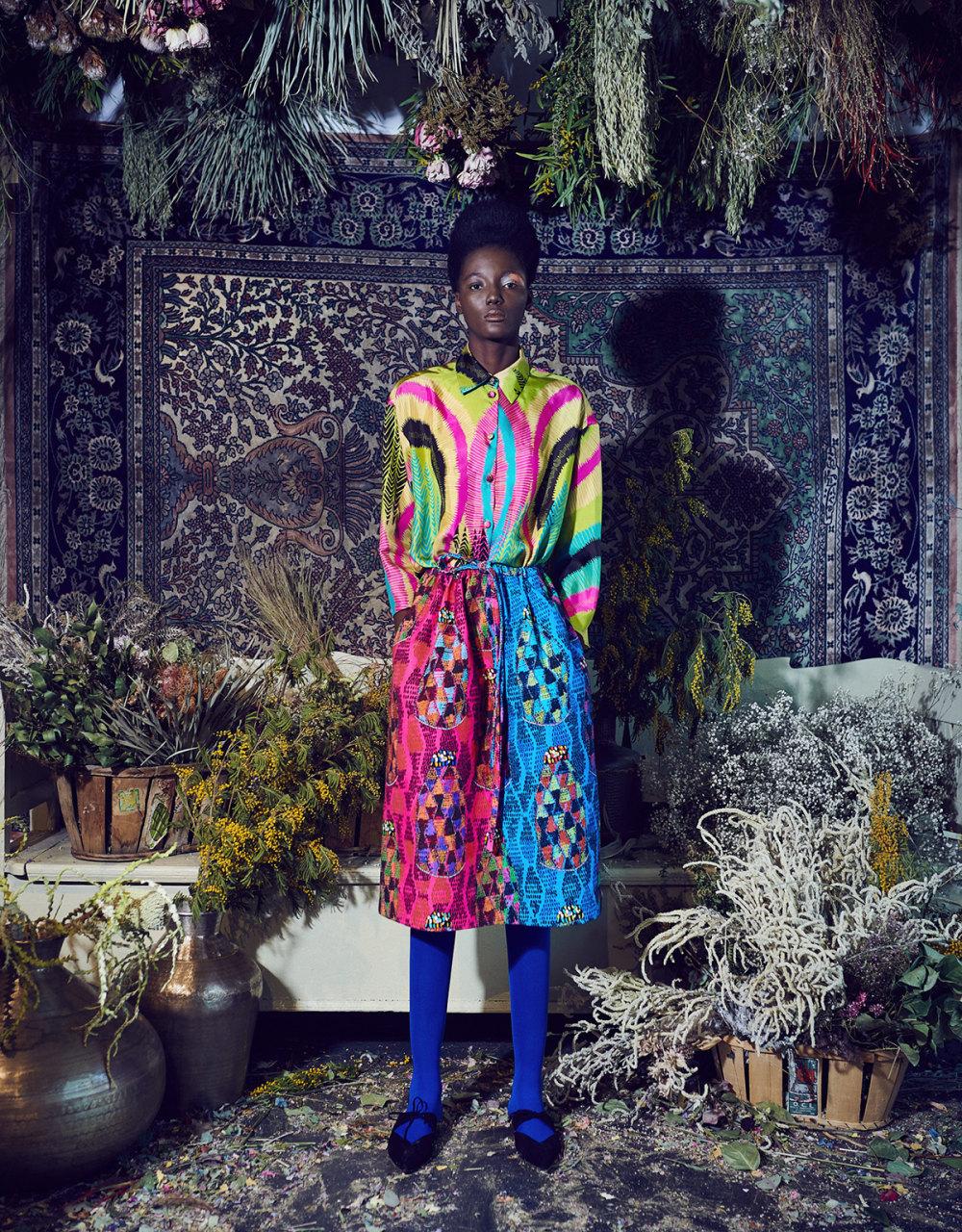 Rianna+Nina时装系列定制的夹克和金属光泽的七分裤定义未来主义-13.jpg