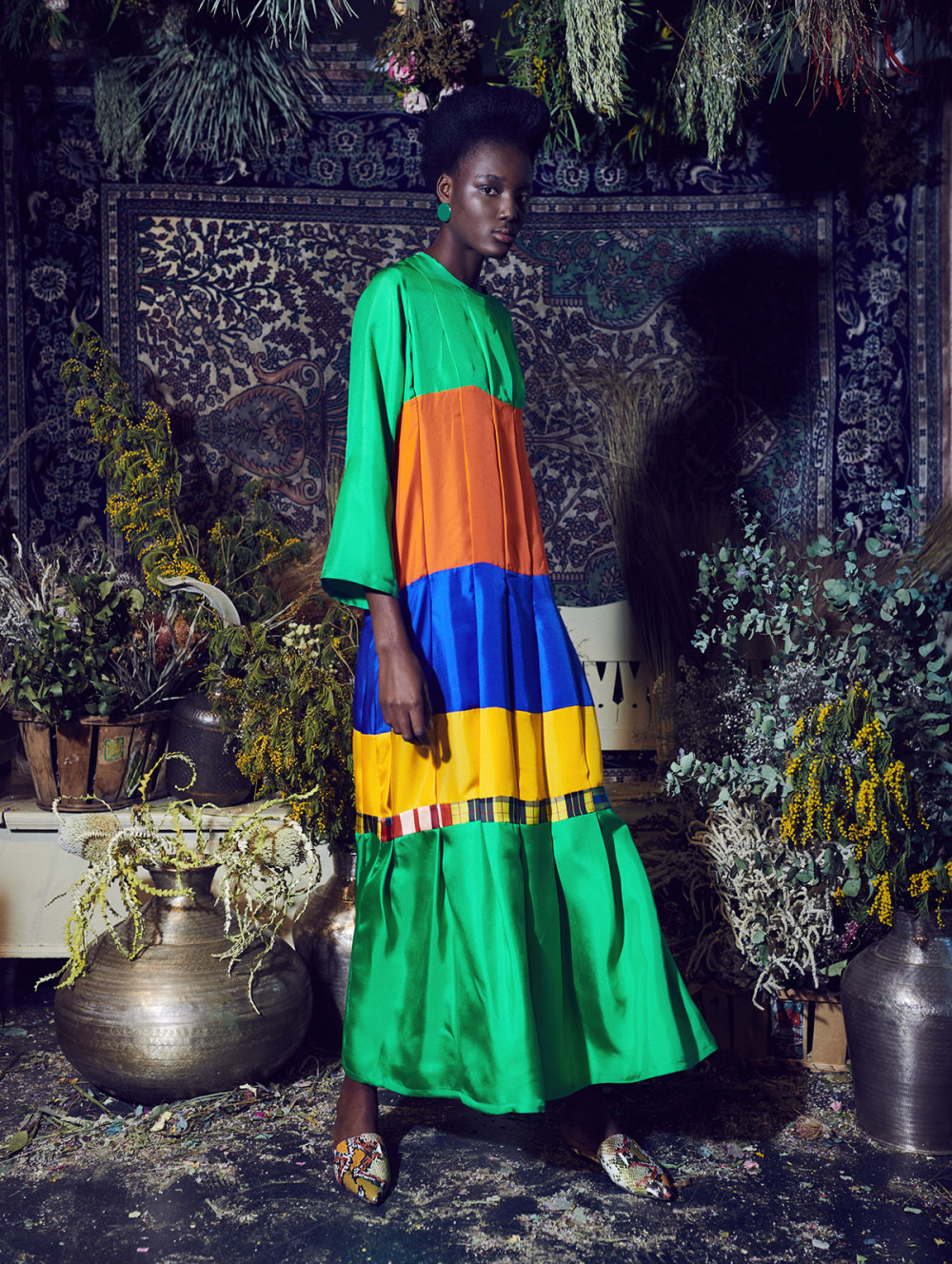 Rianna+Nina时装系列定制的夹克和金属光泽的七分裤定义未来主义-23.jpg
