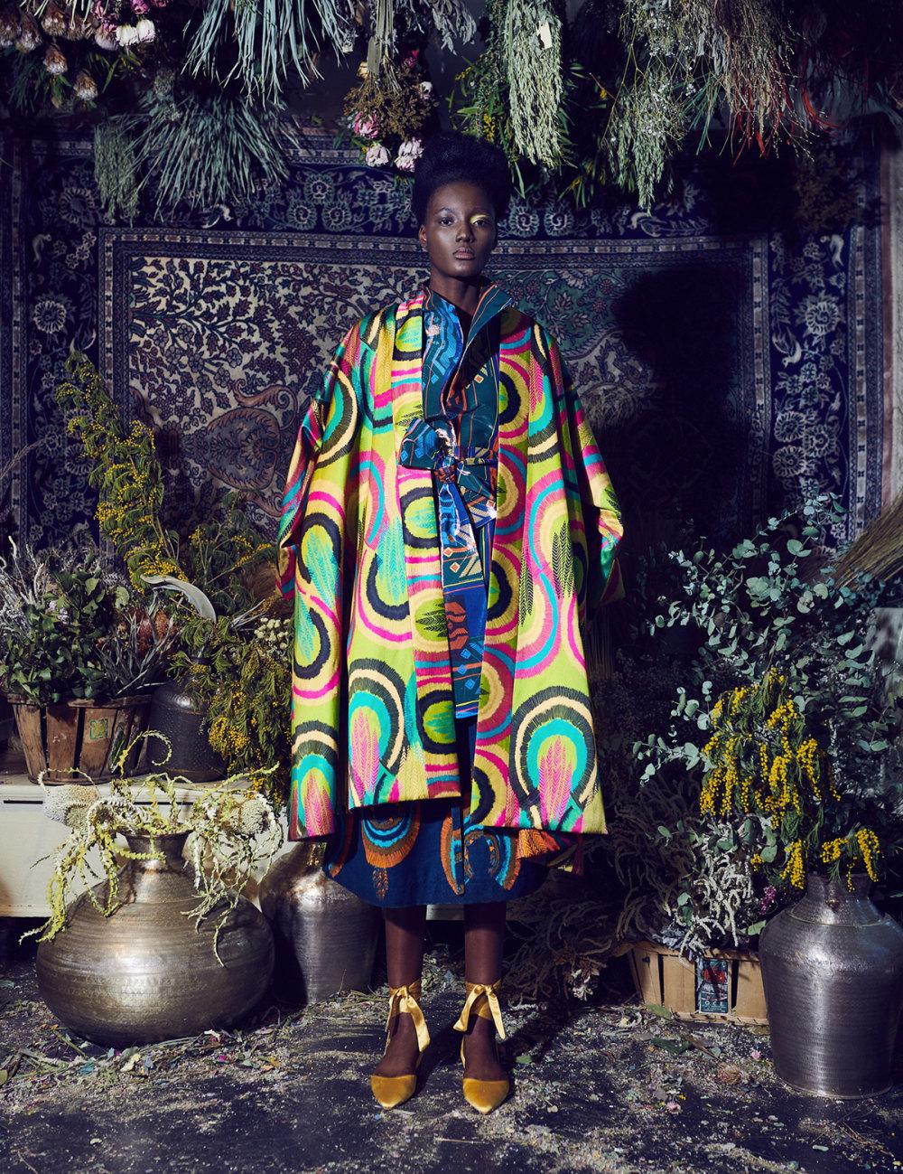 Rianna+Nina时装系列定制的夹克和金属光泽的七分裤定义未来主义-26.jpg